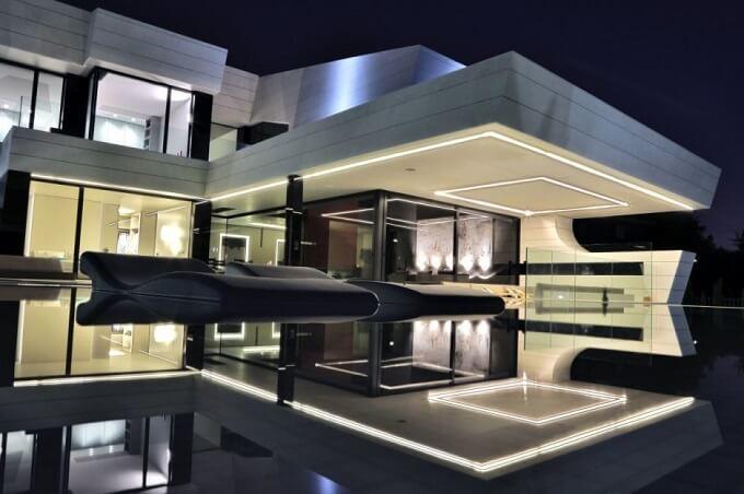 Balcony-House-at-night