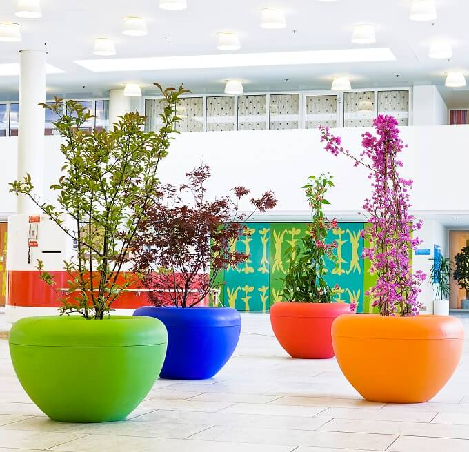 Colorful-outdoor-flower-pots