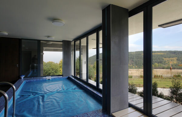Interior-swimming-pool