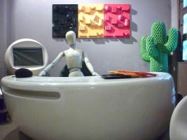 Design Luminy P1060500 Plasticarium - Adam Museum - Bruxelles Histoire du design Références  Plastique Plasticarium Philippe Decelle Bruxelles