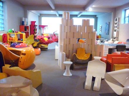 Design Luminy P1060506 Plasticarium - Adam Museum - Bruxelles Histoire du design Références  Plastique Plasticarium Philippe Decelle Bruxelles   Design Marseille Enseignement Luminy Master Licence DNAP+Design DNA+Design DNSEP+Design Beaux-arts