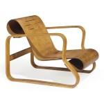 "Design Luminy 2012_NYR_02636_0153_000alvar_aalto_paimio_scroll_a_birch_armchair_designed_1931-32 Fauteuil ""Paimio"" (1932) - Alvar (1898-1976) et Aino Aalto (1894-1949) Histoire du design Icônes Références  Paimio Artek Alvar Aalto Aino Aalto   Design Marseille Enseignement Luminy Master Licence DNAP+Design DNA+Design DNSEP+Design Beaux-arts"