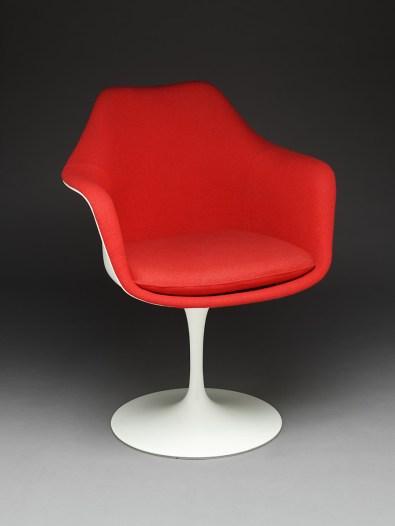 Design Luminy fauteuil-tulipe-saarinen2_21026794793_o-1 Chaise Tulipe 1956 – Eero Saarinen (1910-1961) Histoire du design Icônes Références  Tulipe Knoll Eero Saarinen