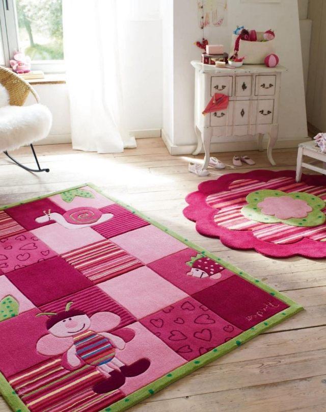 idees de deco pour plus de confort interieur 23 photos de tapis et rideaux 20 22