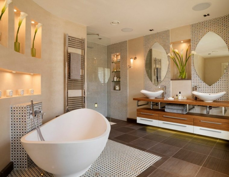 salle de bain avec douche italienne en