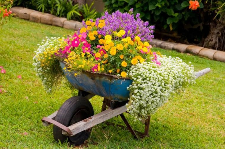Des objets récup\' pour décorer votre jardin - Moving Tahiti