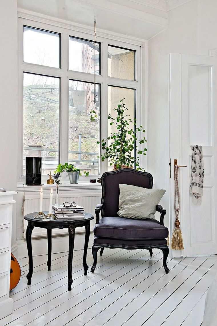 fauteuil baroque table gueridon moderne idee deco salon