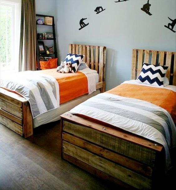 meubles et decorations en palettes de bois