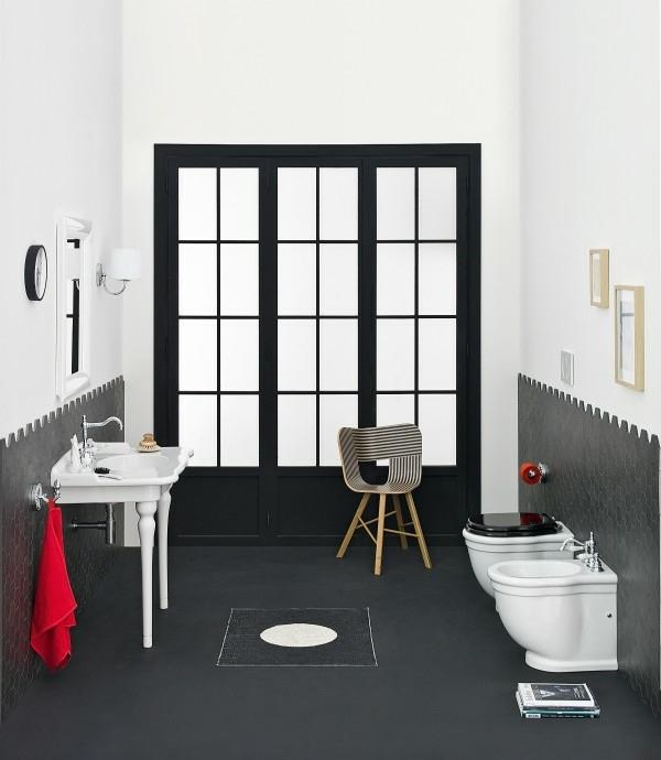la salle de bain retro en noir et blanc
