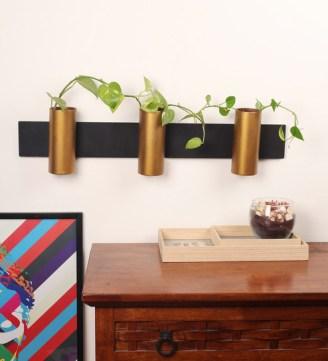 Black and Gold Sleek Cylinder1.