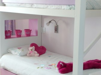 Vacation Villa - Little Girls' Bedroom