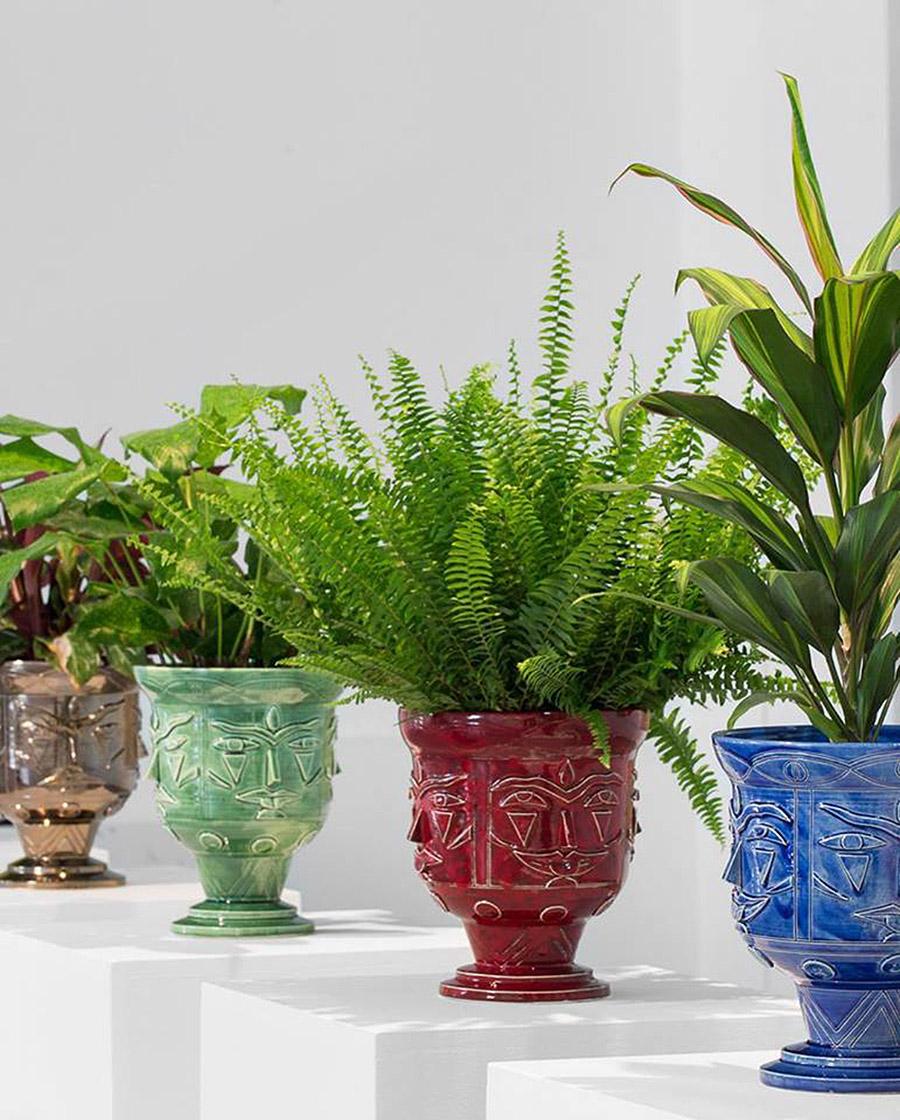 Moody Ceramic Vases by AKACORLEONE- Design Peeper