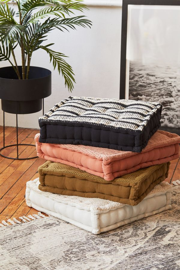 Urban Outfitters Sunburst Collection - Design Peeper