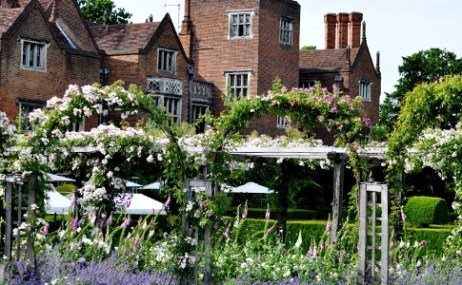 Rose_Garden__House_colour_adjustedWebsite-medium