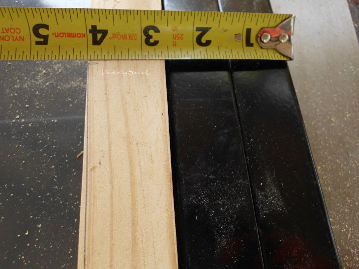 how to use a tapering jig on the table saw SANY1123