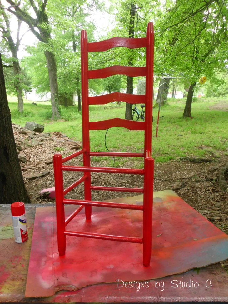 How to Make a Planter using an Old Wooden Chair_Painted