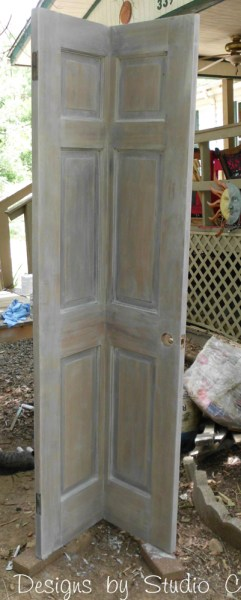 how to build a corner bookcase using an old door SANY2448