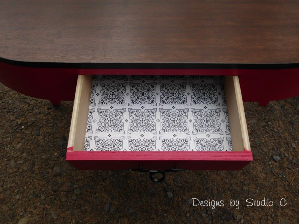 the demilune table SANY2465