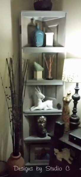 how to build a corner bookcase using an old door SANY2473