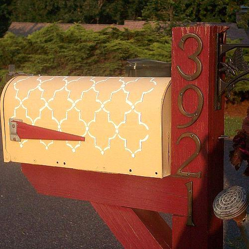 Stenciled Mailbox
