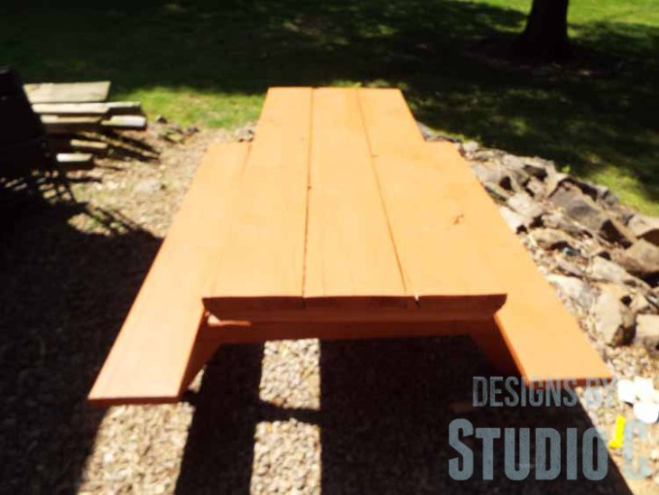 DIY Picnic Table Makeover - Stain on Top