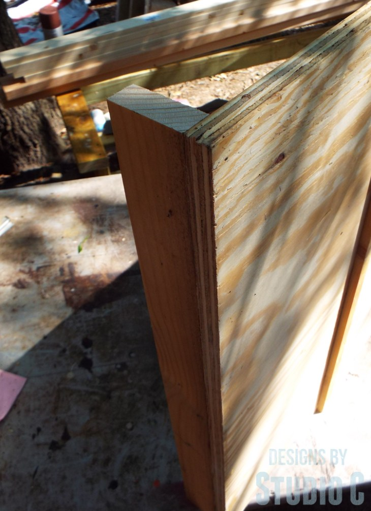 Build a DIY Large Circle Cutting Jig for a Bandsaw - Attaching Fence