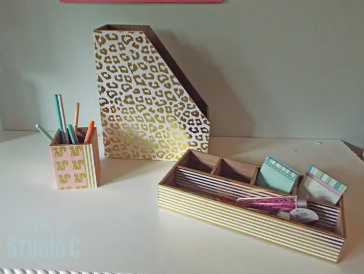 DIY Plans to Make a Wood Desk Set - Scrapbooking Paper