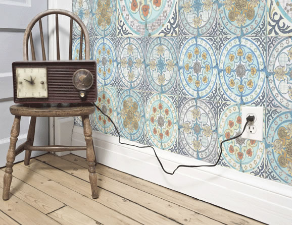 Louise Body Mixed Folk Tile wallpaper