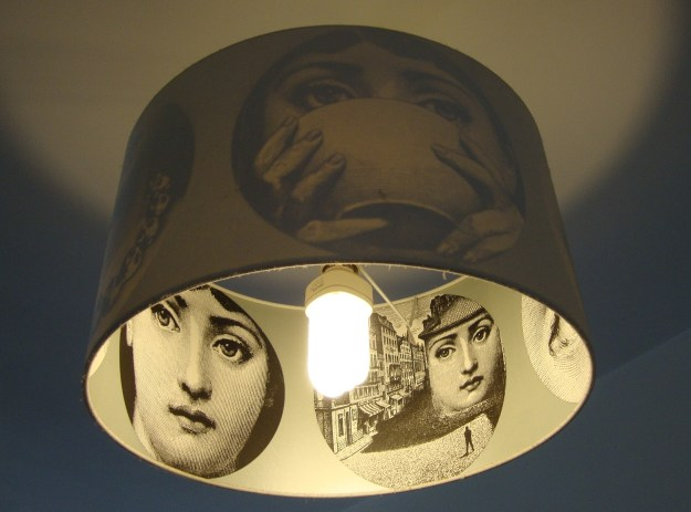 Tema e Variazioni Lina Cavalieri Cole Son wallpaper variations pendant light lampshade