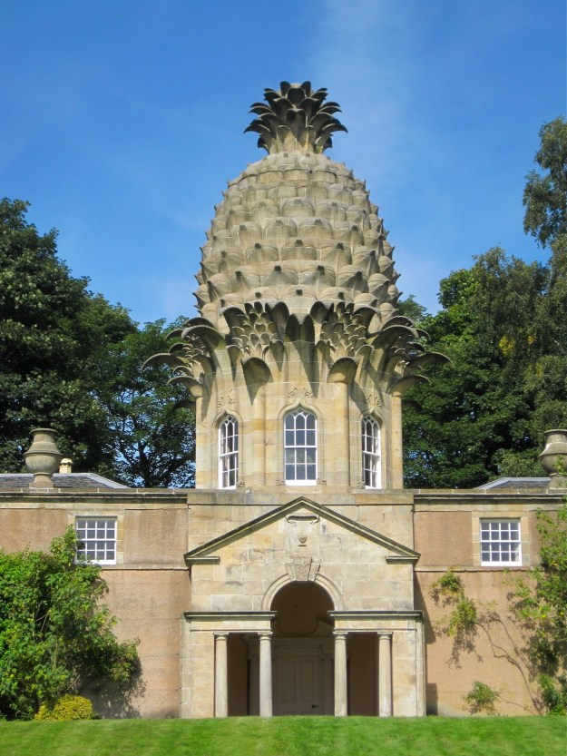Landmark Trust The Pineapple House in Dunmore, Scotland