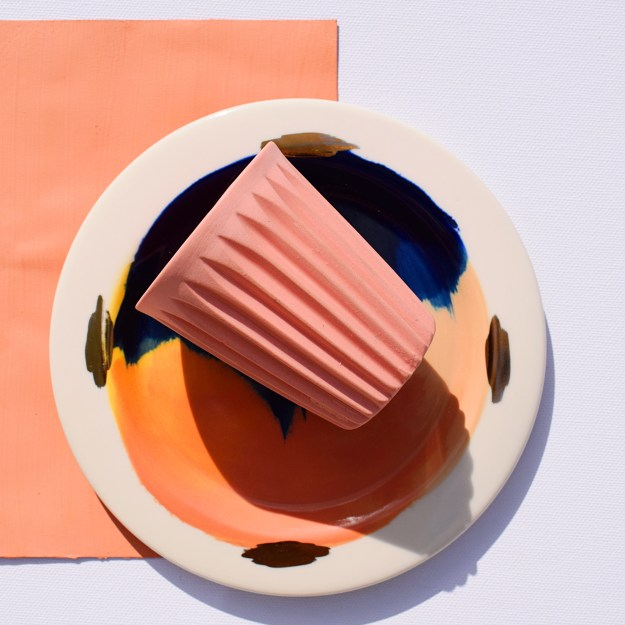 Copper Blush, painterly ceramic plate, studiolenneke_wispelwey_ceramics