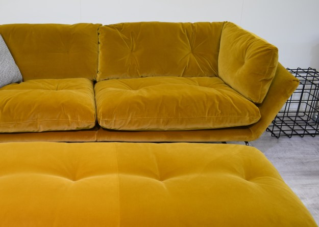 Sagal mustard yellow new yprk sofa, 100% design 2016