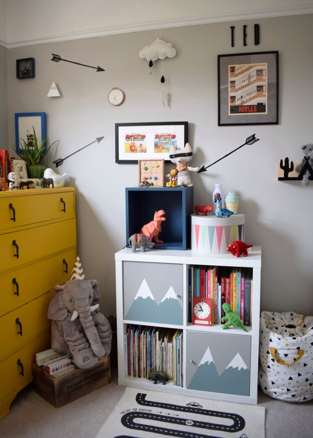 Farrow Ball cornforth white, interior ideas, childrens room decor with a vintage and wooden toys, ikea kallax hack with hand painted mountains