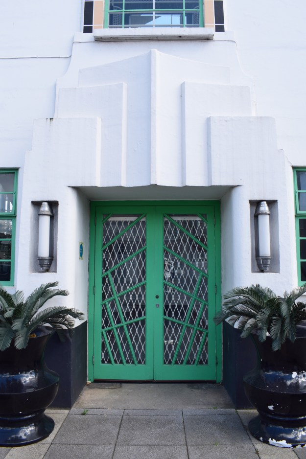 Hoover Building London, Art Deco Architecture detail