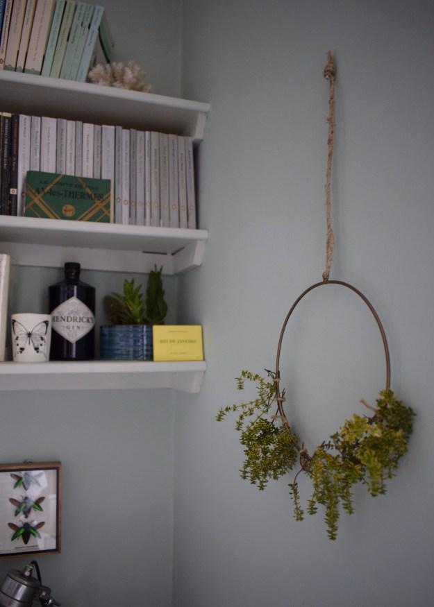 summer styling, summer wreath with lemon thyme, botanicals houseplant trend greenterior, urban jungle bloggers