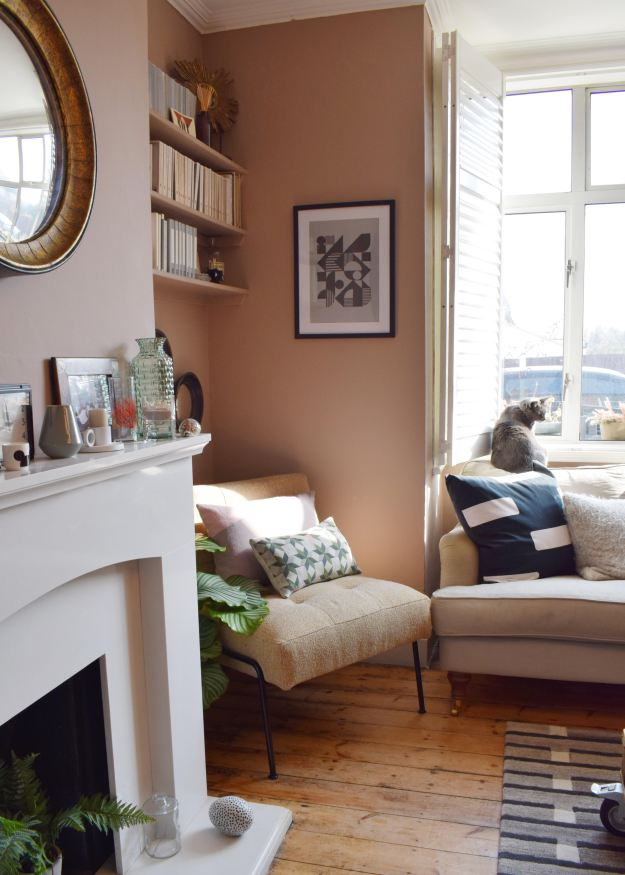 Scandinavian Living Room makeover, muted pink, neutrals, mid-century simple design, West Elm, Farrow Ball Dead Salmon, Craft luxe, interior design ideas and inspiration (24)