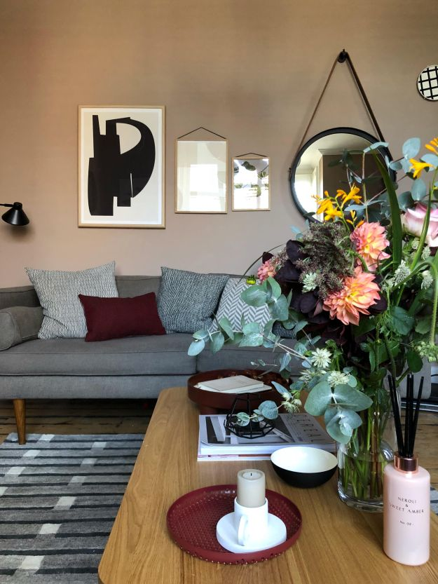 Scandinavian Living Room makeover, muted pink, neutrals, mid-century simple design, West Elm, Farrow Ball Dead Salmon, Craft luxe, interior design ideas and inspiration (1)