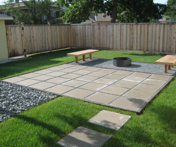 patio-ideas-pavers-Contemporary-paver-patio-in-a-clean-lined-yard