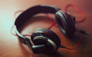 Red headphone