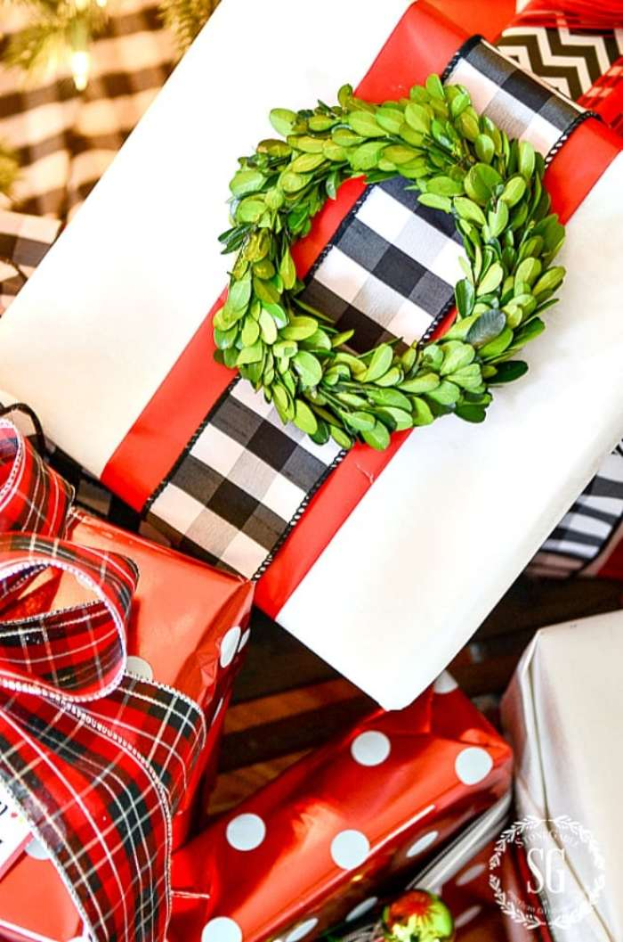 10 BEST CHRISTMAS GIFT WRAPPING TIPS StoneGable