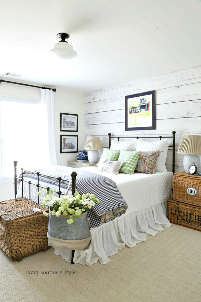 savvysouthernstyle guest bedroom summer