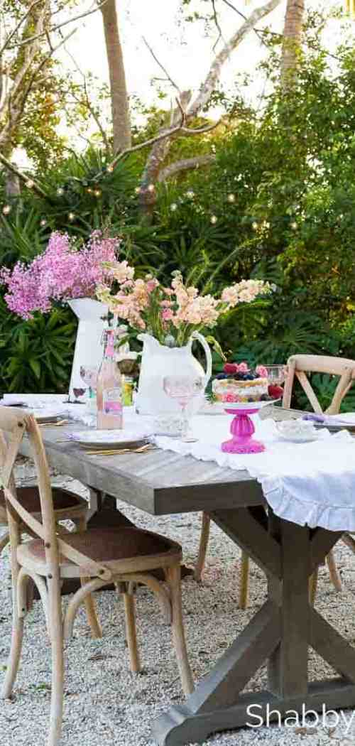 pinterest-worthy-spring-table-setting-outdoors - shabbyfufu