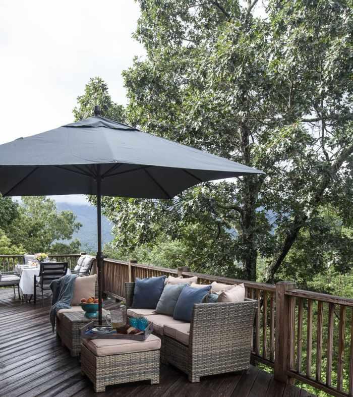 mountain-deck