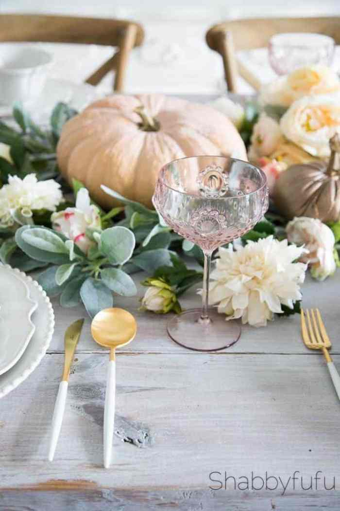 How-To-Style-Artificial-Flowers-Centerpiece-Garland - Shabbyfufu