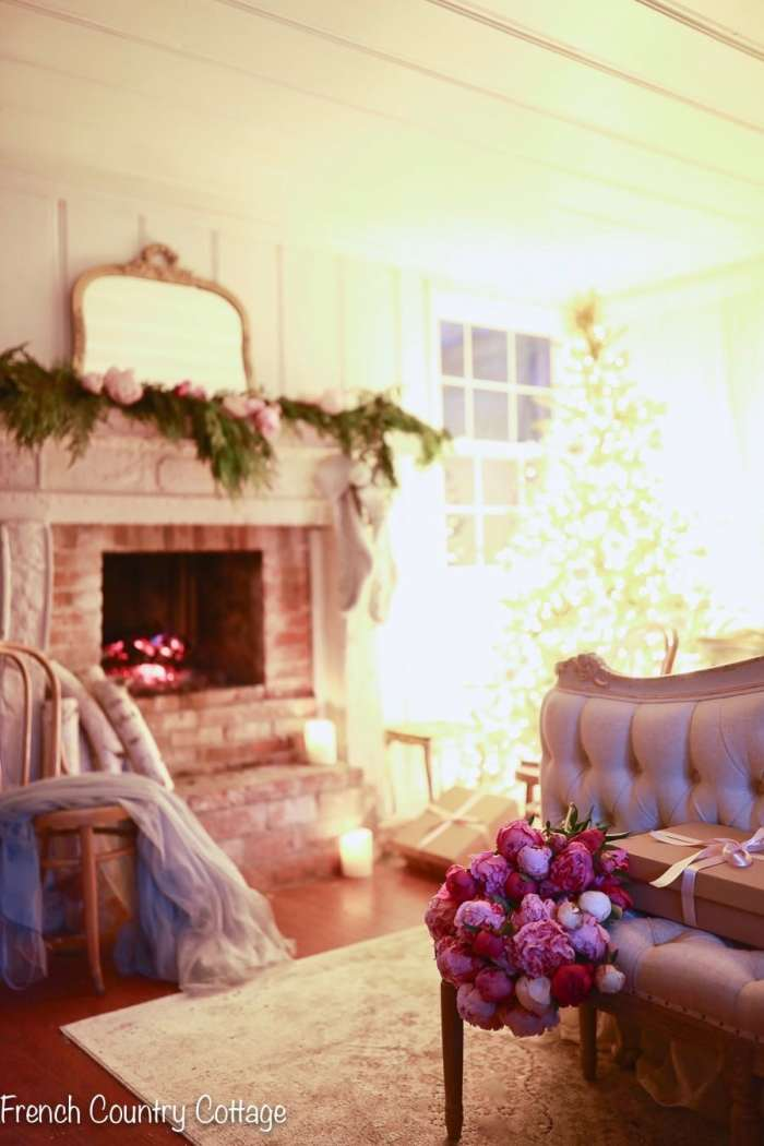 Christmas, House, Home, bedroom vintage, attic, mantel holidays