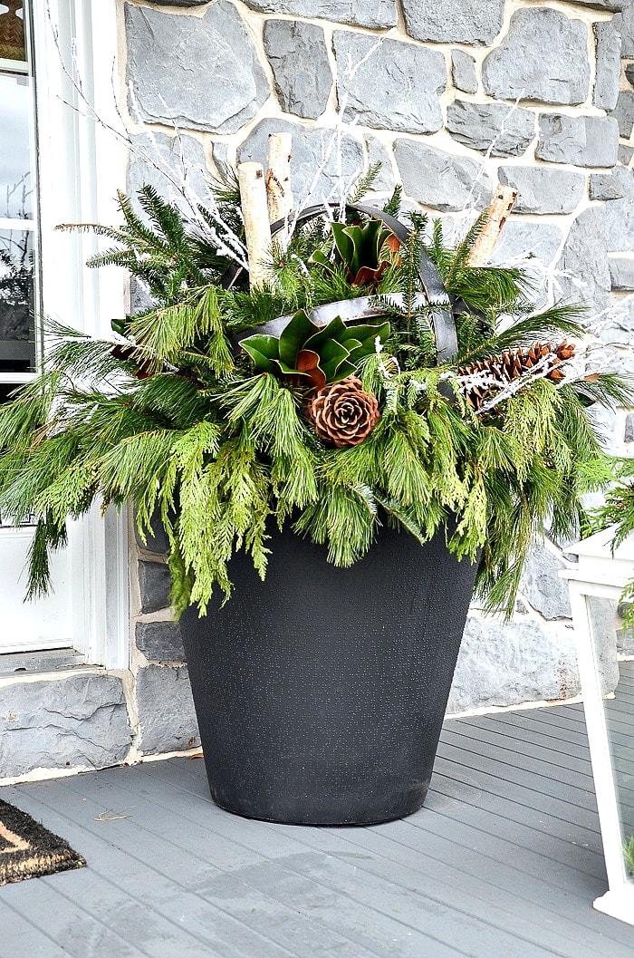 How To Make An Outdoor Christmas Planter- StoneGable