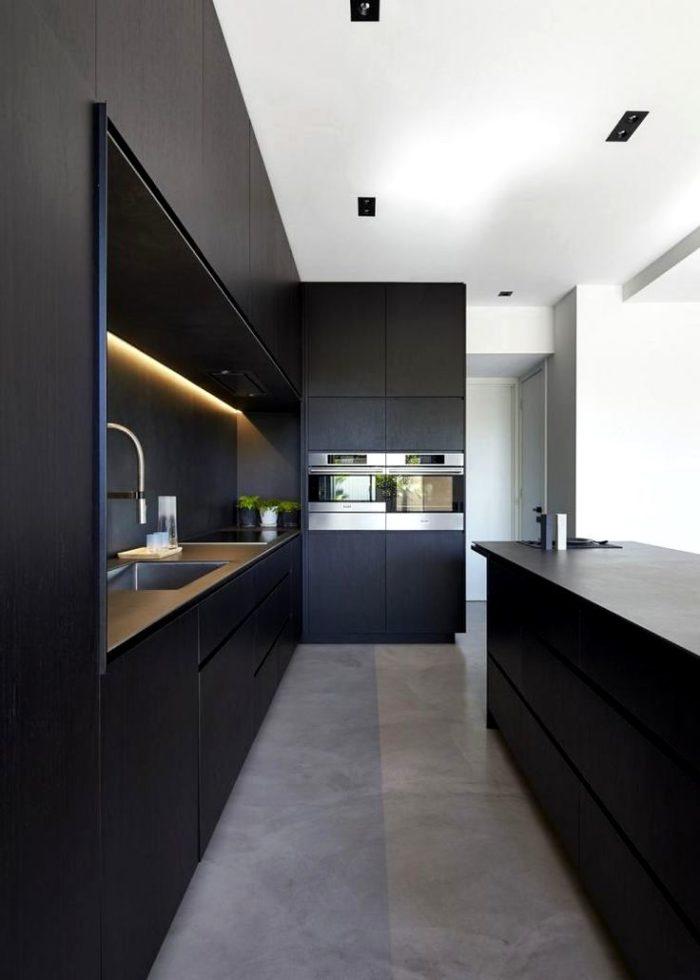 Mörkgrön färg i köket