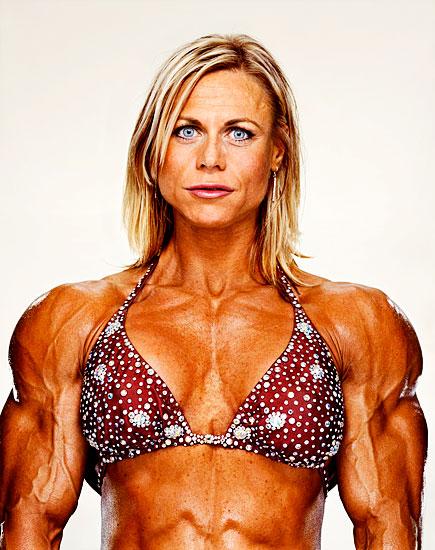 5 Female Bodybuilders Photobook