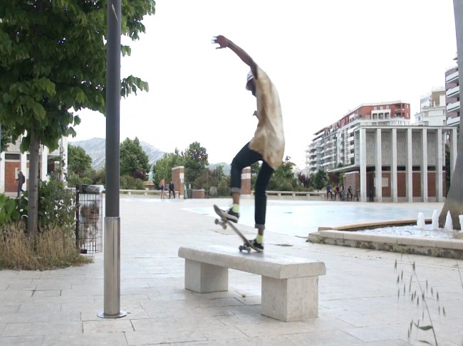 test timeline.Image fixe0061 650x487 Skateboarding in the south of France: Marseille Zoo Episode 2 Video.