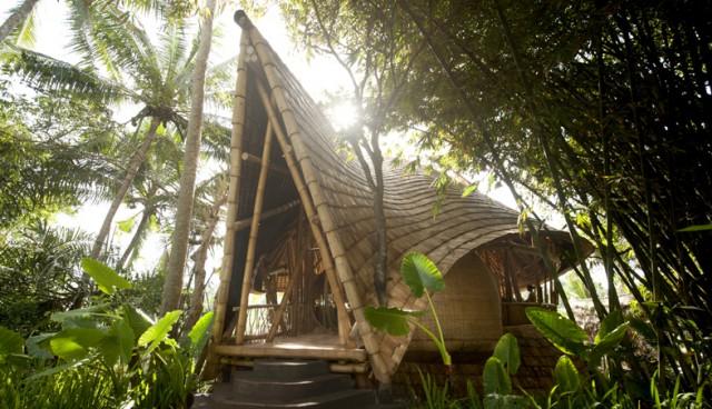 1351523163 1 640x368 Green Village in Bali